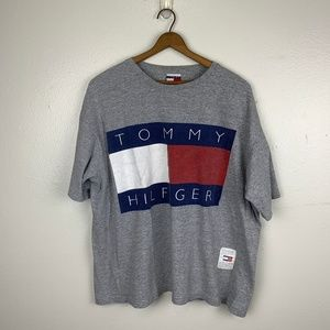 RARE Tommy Hilfiger Spellout Logo Vintage Tshirt